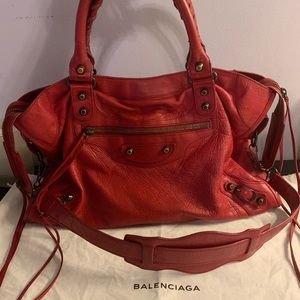 Balenciaga Classic City Bag in Rubisse